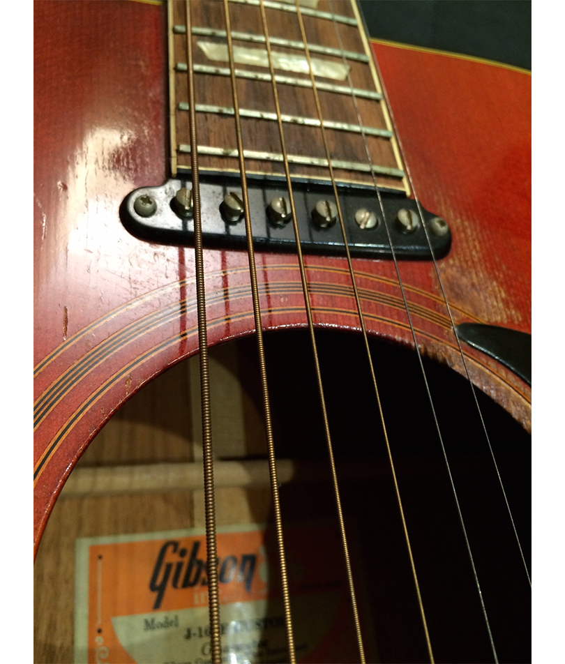 GIBSON-EARLY-1970'S-J-160E-ACOUSTIC-CLOSE