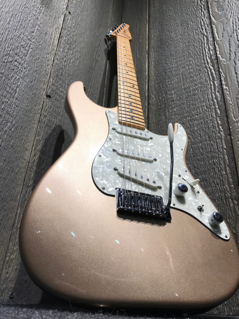 Tom Anderson The Classic Shoreline Gold